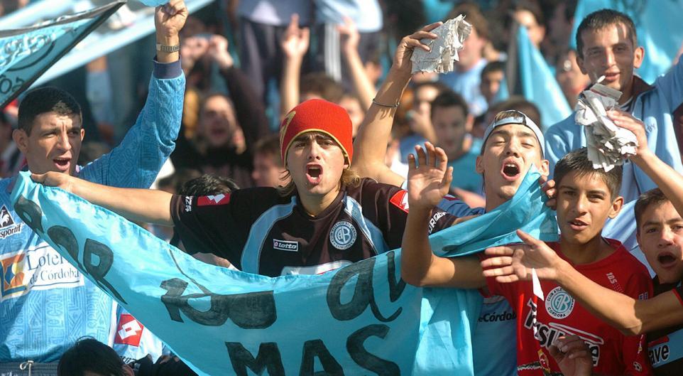 Fotos retro de los hinchas de Belgrano