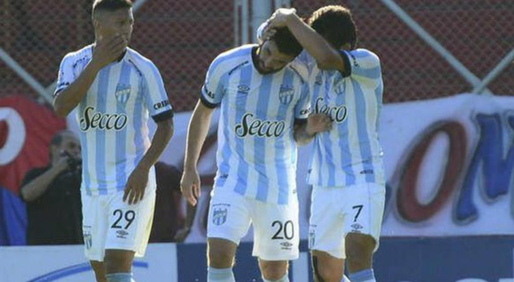 """El Atlético Tucumán del """"Ruso"""" no afloja: venció a San Lorenzo"""
