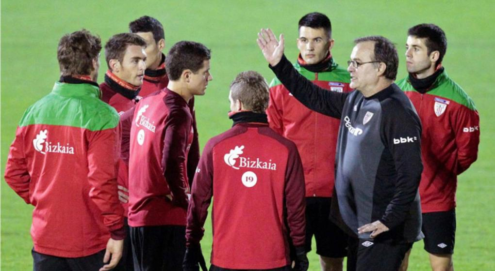 Marcelo Bielsa es acusado de bullying