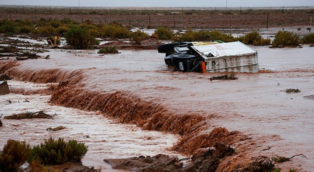 Impactante alud e inundación en Jujuy