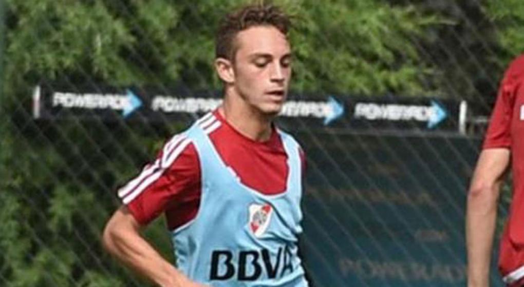 El hijo de Marcelo Gallardo, a las trompadas en un amistoso