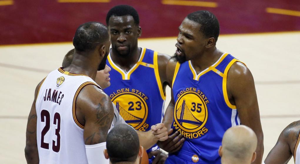 LeBron y Cavs cortan racha de triunfos en playoffs de Warriors