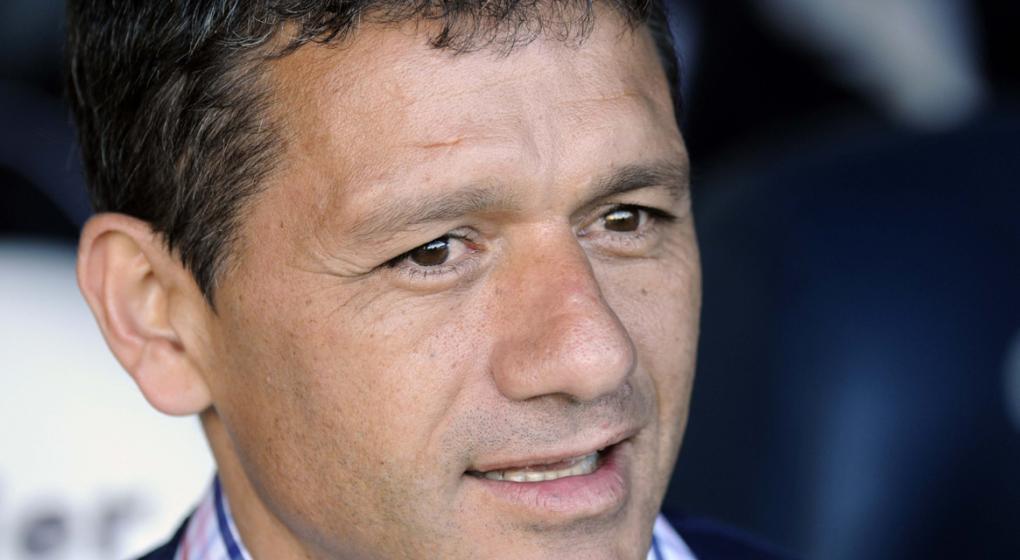 Nélson Vivas firmó como nuevo técnico de Defensa y Justicia
