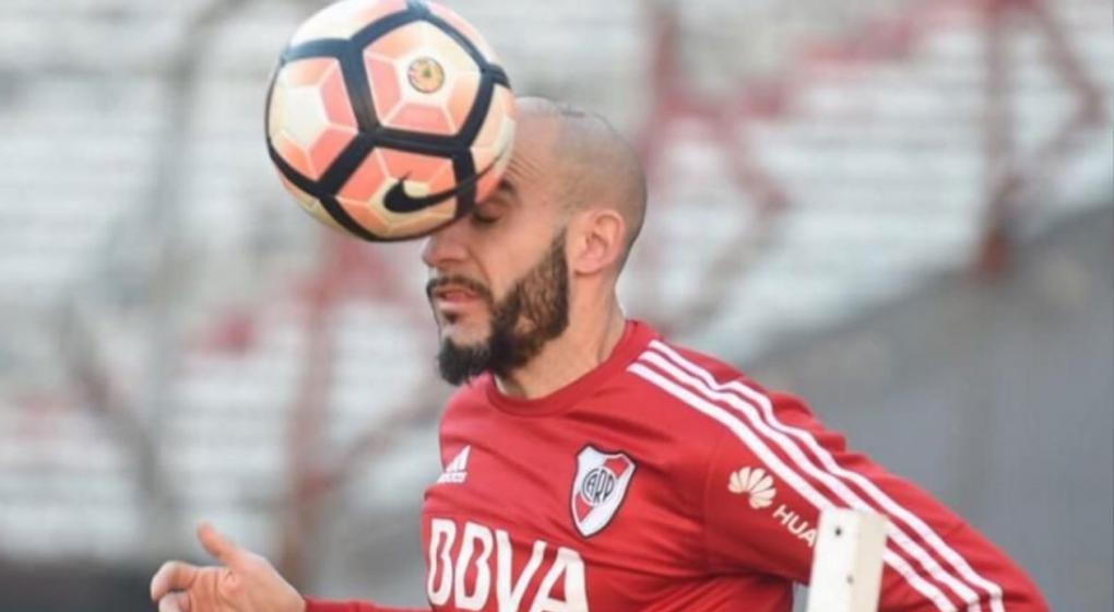 River: Javier Pinola atropelló a una persona cuando iba a entrenar