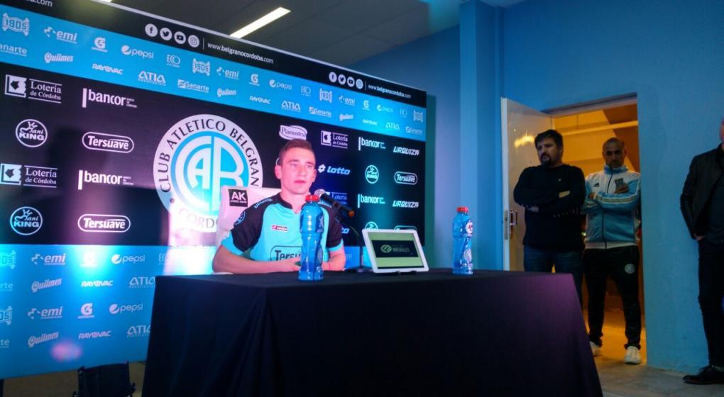 Neri Bandiera fue presentado en Belgrano — Otro que parte