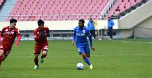 Tevez jugó sus primeros minutos en el Shanghai Shenhua