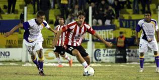 Huracán recibe a Atlético de Rafaela en el inicio del torneo de Primera. (Foto: DyN)