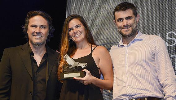 La Campeona Cordobesa Luciana Magi (Kitesurf). (CBAX)