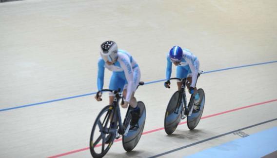 Mariana Díaz y Natalia Vera, de plata en la velocidad olímpica de los Juegos Odesur. (Prensa COA)
