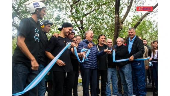 El Gobernador Schiaretti destacó la importancia de las nuevas disciplinas deportivas y que Córdoba sea pionera en darle lugar a los deportes extremos. (CBAX)
