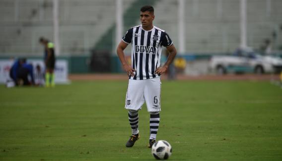 Lucas Olaza, el lateral izquierdo que aporta goles en el Matador (foto: archivo La Voz).