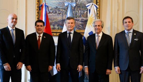 Cuando Infantino estuvo reunido con los presidentes de Paraguay, Argentina, Uruguay y la Conmebol.