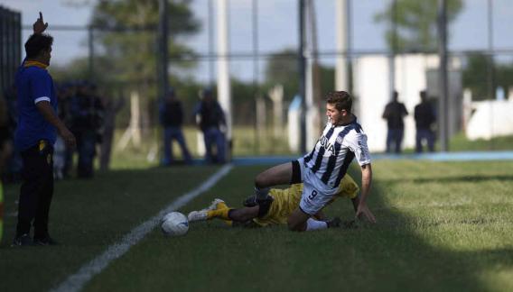 Talleres le gana a Sol de América y asciende a la B Nacional (Foto: Ramiro Pereyra).