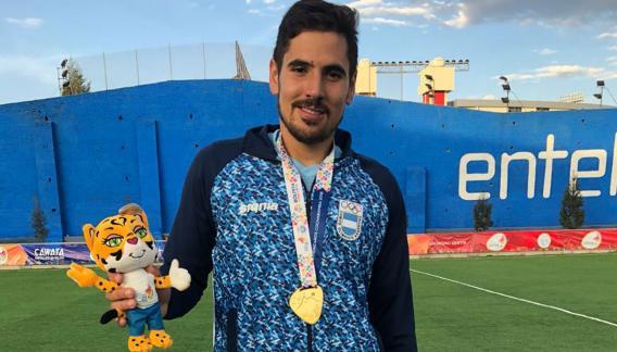"""Con Los Leones, """"Tomi"""" ya se subió al podio en Toronto 2015 y Río 2016. """"Estoy feliz"""", dice desde Bolivia."""