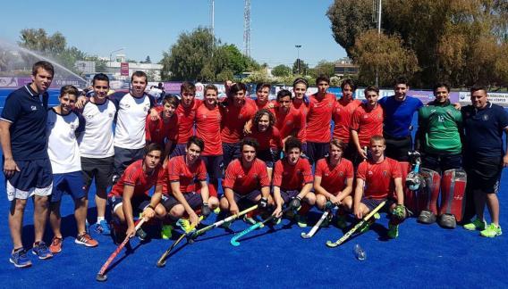 Los caballeros irán por el bronce frente al local Mendoza. (Prensa FACHSC)