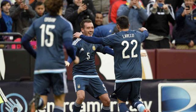 Argentina le ganó a El Salvador con un golazo de Mancuello (Foto: AP).