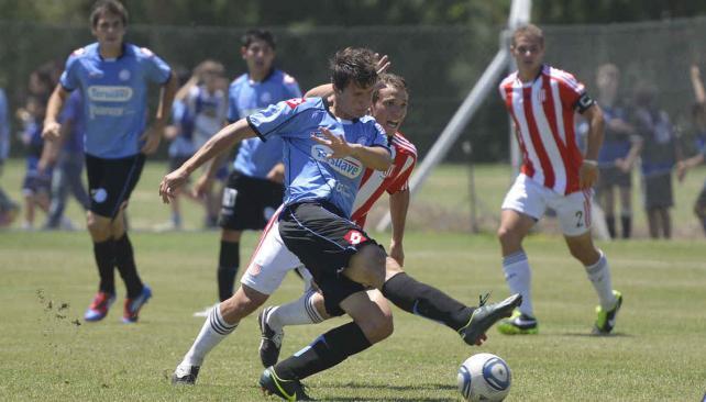 Las inferiores de Belgrano tuvieron un jueves inspirado. (Foto: LVI)