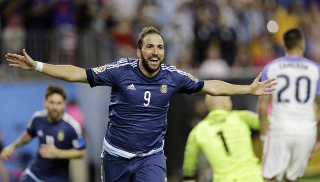 Higuaín quiere revancha en la Final
