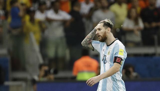 Argentina sufrió una vergonzosa derrota con Brasil y sigue fuera del Mundial