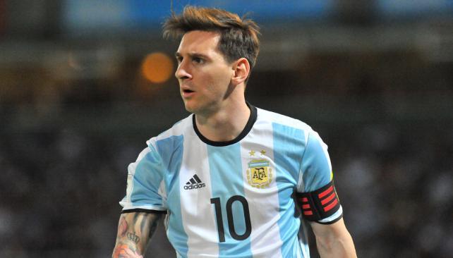 Brasil se hace fuerte en las eliminatorias y golea a Argentina