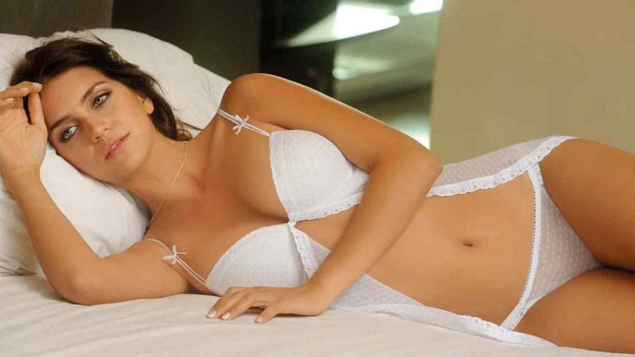 Zaira Nara white hot lingerie
